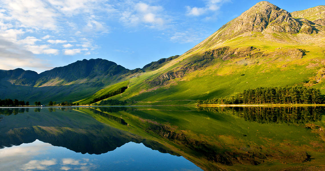 TOP 10 best rated lakes in the United Kingdom