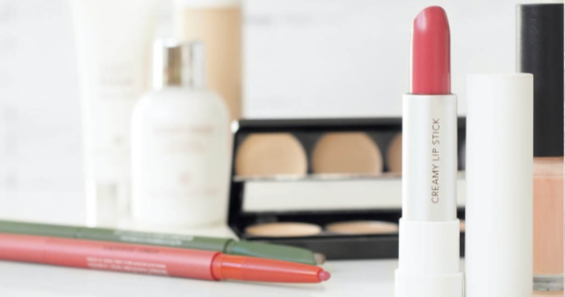 Healthy beauty products 1140x600px